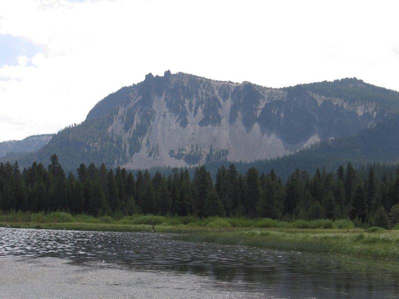 how tall is paulina peak